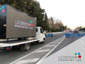 dsng-camion-pantalla-alquiler