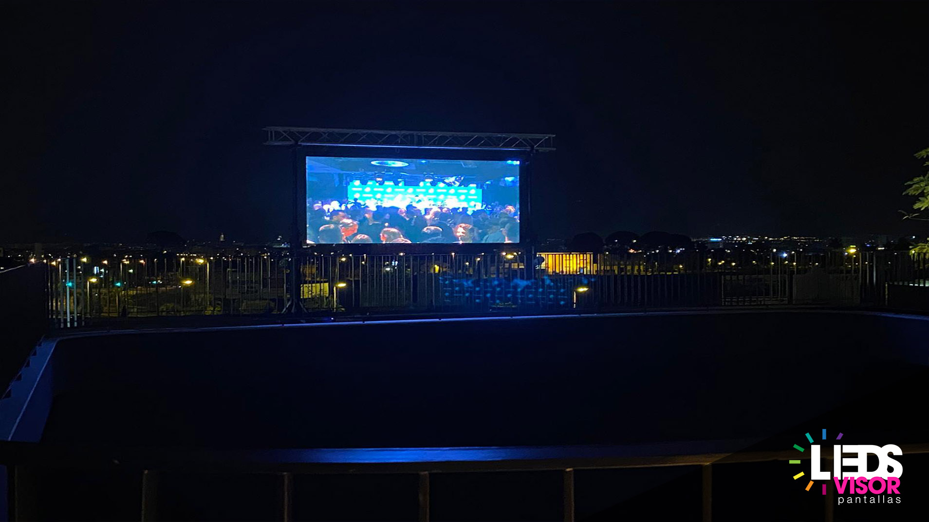 inauguracion centro ocio odisea ledsvisor pantallas leds alquiler